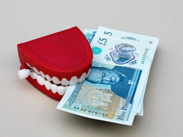 Eine Zahnzusatzversicherung muss nicht teuer sein, wenn Sie die richtige finden.jpg